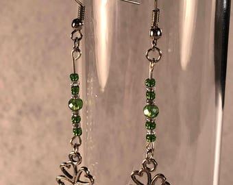 dangle earrings- green earrings - st patricks day - dainty earrings - beaded earrings - beaded jewelry - chic earrings - womens earrings
