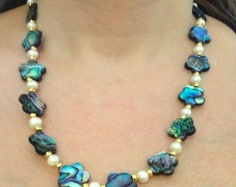 Psychedelic Abalone Shell Flower Necklace with Pearls