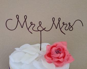 Custom Cake Topper - Wedding Cake Topper, Mr & Mrs, Wire Cake Topper, Personalized Cake Topper, Unique Wedding Gift