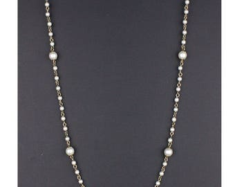 70's Pearls & Chain NECKLACE // Simple Romantic Boho // Medium Length 25 Inches