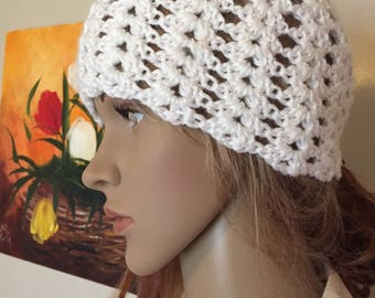 Soft white, retro beanie