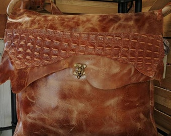 Handcrafted Leather Boho Messenger Bag Laptop/Ipad/Mac/HP/ Shoulderbag SatchelApprox   12x14