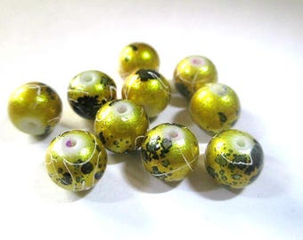 10 shiny gold wire and speckled 8mm beads