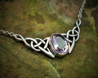 Celtic necklace (925 silver) with amethyst 'Arwen'