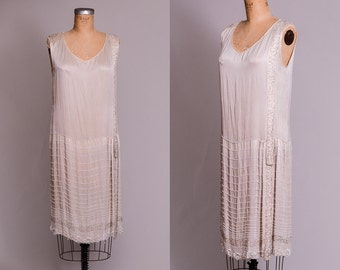1920s Ivory Beaded Flapper Dress Hand Glass Beaded Ivory Silk Gatsby Dress