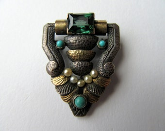 Vintage Art Deco Brooch.