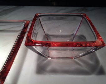 Set of two vintage raspberry edged glass bowls