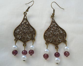 Pearl filigrees earrings glass and shell