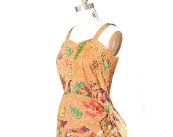 1950s Fashion / Vintage 1950s Sarong Dress / 50s Hawaiian Dress / 50s Dress  / Pin up Dress / Viva Las Vegas