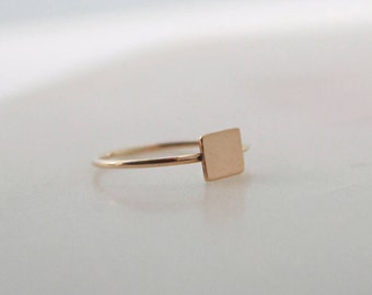 Gold Rectangle Disc Ring - 6x5mm Disc, 1mm Ring, 14K Gold Filled