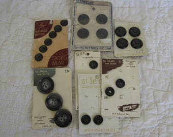 Vintage lot of Buttons 7 cards NOS 22 buttons