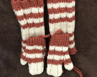 Baby leg warmers and mittens