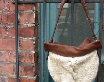 Classic Cable Knit Bag Pattern PDF. Designer Fall Fashion by Skadoot on Etsy.