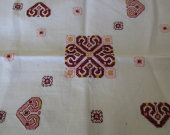 Vintage Red Queen of Hearts Tablecloth Table Linens Kitchen and Home Decor