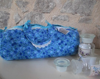 Charlotte bag in blue floral cotton fabric