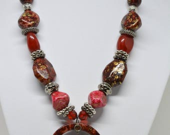Stunning large beads necklace