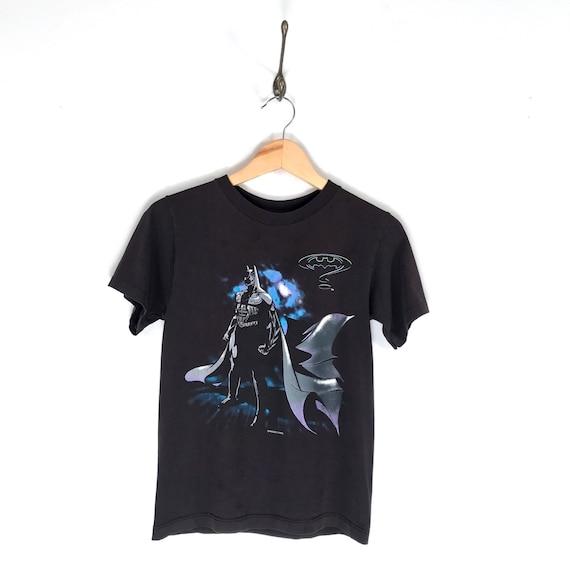 80s Las Vegas Batman Bat Logo T-Shirt. Vintage DC Comics Gotham City Sin City Nevada Caped Crusader Batman Souvenir Tee. BEFukJQoZl