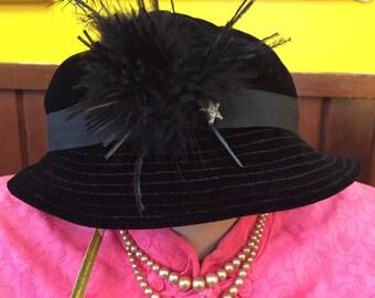 1960S // VELVET FEATHERS // Betmar New York Velvet Hat