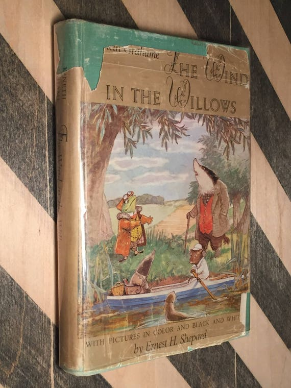 The Wind in the Willows by Kenneth Grahame (Illustrated edition) hardcover book