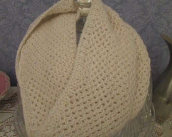 Pale Ivory Cashmere Hand-knit Textured Cowl