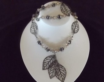 Tiered Bronze Leaf Beaded Necklace and Bracelet Set