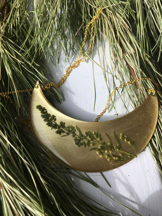 Mugwort brass plaque necklace