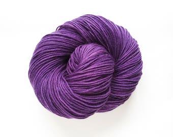 Hand Dyed Yarn, Superwash Wool, Aran Yarn, Purple Wave, Worsted Yarn, 10-Ply Yarn, Superwash Aran Yarn, Crochet Yarn, Hand Dyed Aran Wool