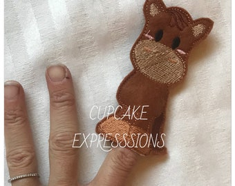Horse Finger Puppet - Quiet Time Play Toy - Imaginative Play - farm animal puppet - Can Choose Custom Colors