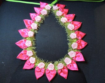 Petal Lei Magenta with pink roses