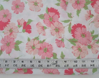 vintage sheet fat quarter, sewing supplies, quilting supplies, pink floral sheet, bed linen, fat quarters, craft fabric, vintage fabric,