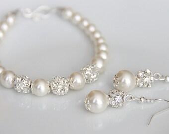 Bridal Jewelry Set, Swarovski Pearl Bridal Jewelry Set, Pearl Bracelet Set, Wedding Jewelry art. e01-b01