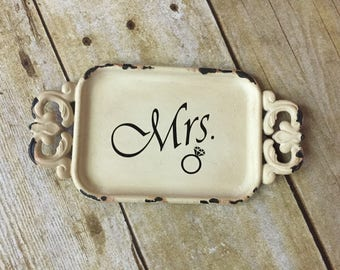 Mrs Ring Dish - Personalized Ring Dish - Ring Holder - Rustic Ring Dish - Trinket Tray - Monogram Ring Dish - Ring Dish