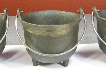 Set of 3 John Wright Cast Iron Cauldrons They're Small or Mini, and have Feet & A Handle Like Little Planters