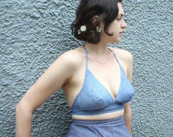 Vintage 1960's Chambray Bullet Bra Top // 50s 60s Blue Denim Pin Up Bathing Suit Halter Top // Summer Playsuit