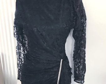 1980's Vampy and Gothy Black Lace Wiggle Dress -- Size S-M