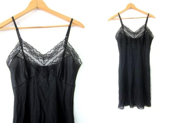 Simple Black Slip Long Knee Length Black Vintage Pin Up Lingerie Midi Slip Hollywood Glamour Movie Star Lace Gown Women's Size Medium