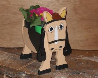 Pony (Clair) Planter box