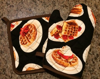 Waffle insulated/quilted oven mitt and pot holder set
