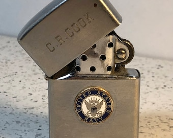 VINTAGE MILITARY LIGHTER Crest-craft usn United States Navy crest craft C.R. Cook collectible tobacciana silver