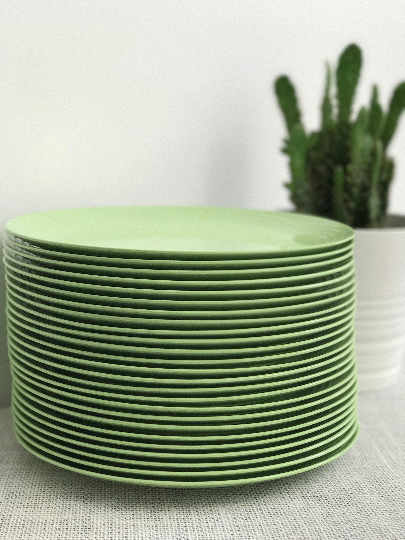 Melamine Plates | Mint Green Plates | Vintage Plates | Picnic Plates | Retro Plates | Plate Stack | Homeware | Retro Homeware | Green Plates & Melamine Plates | Mint Green Plates | Vintage Plates | Picnic Plates ...