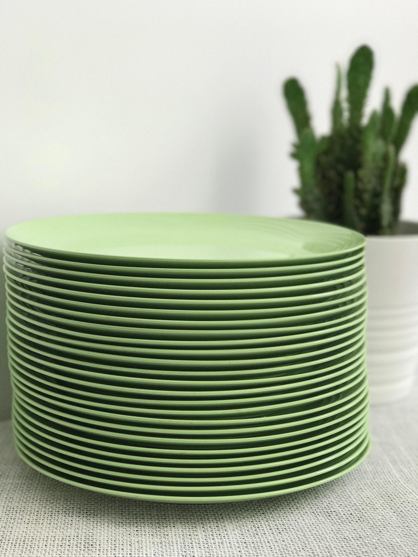 Melamine Plates | Mint Green Green | Vintage Plates | Picnic Plates | Retro Plates | Plate Stack | Home Ware | Retro Home Ware & Melamine Plates | Mint Green Green | Vintage Plates | Picnic Plates ...
