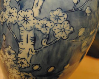 Vintage Chinese Chinoiserie Cylinder Vase with Prunus Blossom, Chinese Blue and White Vase, Chinoiserie Decor, Chinese Prunus Vase