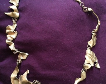 Bronze ripple necklace