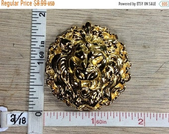 10%OFF3DAYSALE Vintage Gold Toned Pin Brooch Lion Head Round Used