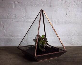 Pyramid glass terrarium/ glass terrarium/ small terrarium/ terrarium/ pyramid terrarium