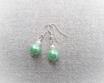 Green bridal earrings Pearl Earrings green earrings wedding earrings Green