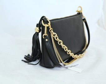 Back Leather Purse with Three Chains and a Tassel art 335