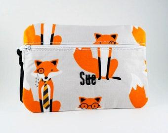Maquillage maquillage sac - pochette - cadeau de demoiselle d'honneur - trousse de maquillage brodé - monogramme - faire Up sac - cadeau pour maman - cadeau de professeur de renard