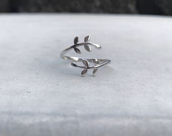 Leaf Ring Sterling Silver Adjustable Ring Minimalist Ring Nature Ring