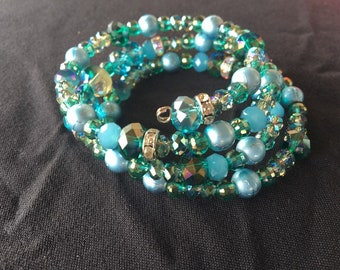 Emerald gems and green balls and pearls bead bracelet
